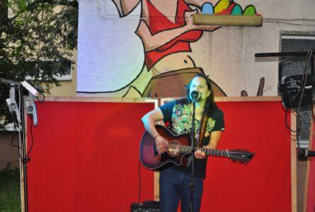 Kunstgenuss mit Live-Musik und Poetry-Slam-Einlagen